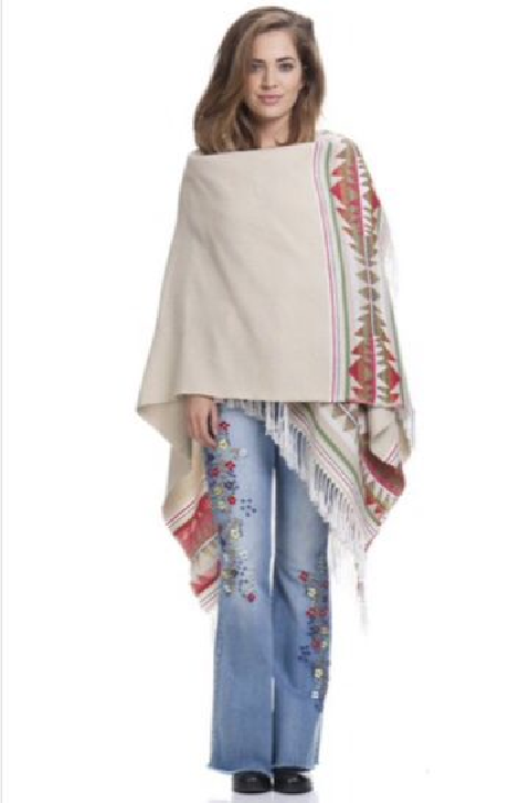 Poncho Peace and Love azul en crudo estilo chal